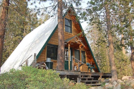 Cozy Cabin Next to Yuba River - Soda Springs - Chatka
