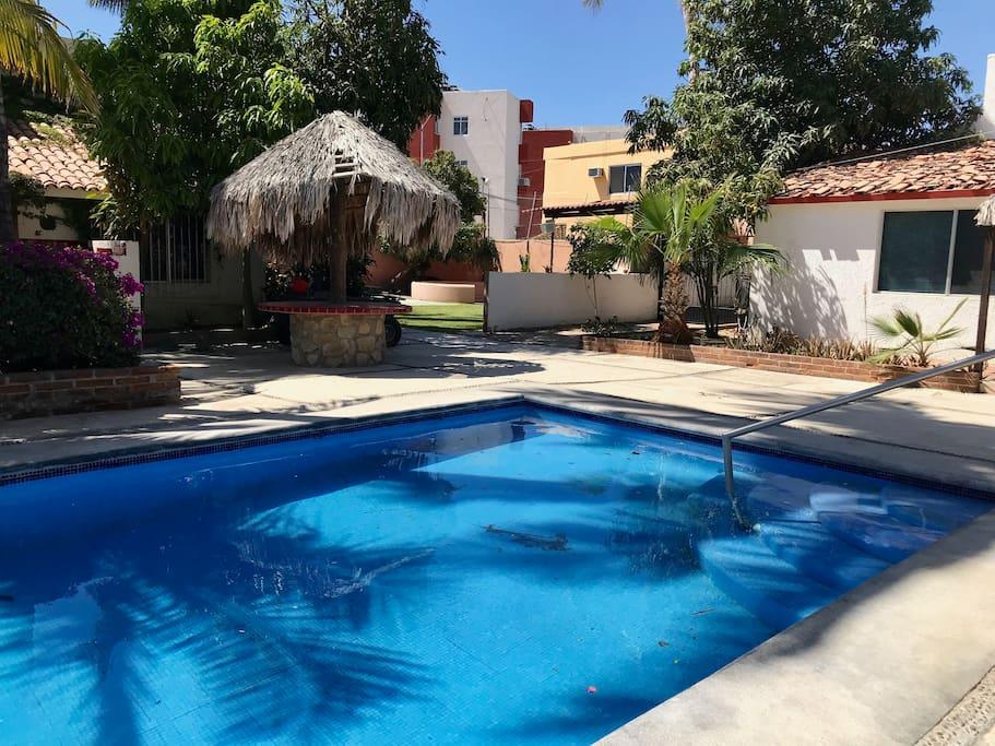 Community pool for 4 casas