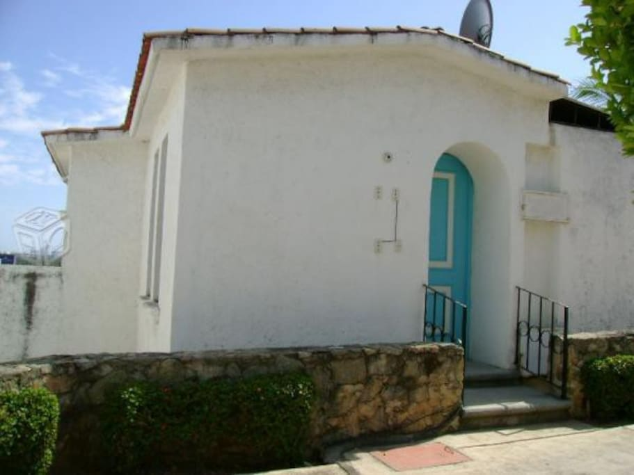 entrada a la villa