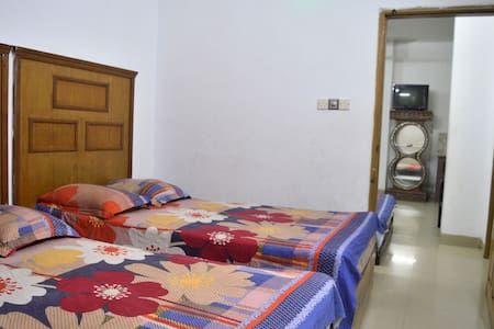 Fullyfurnished with self-contained apartment room.