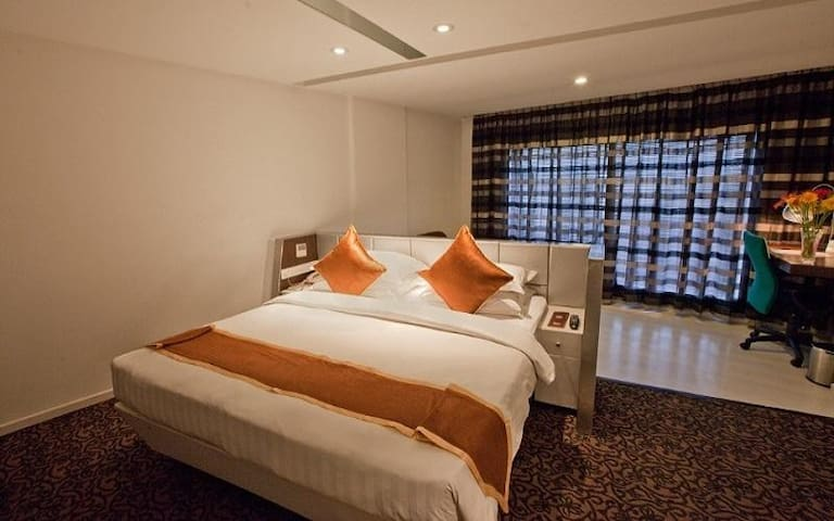 Deluxe Superior Room Near Swastik Circle