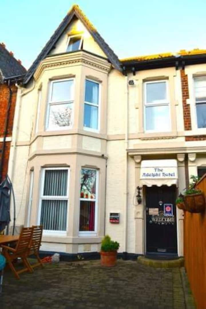 Bed and Breakfast in heart of Jesmond