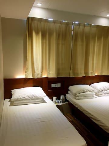 T5-Guest House-Triple Room