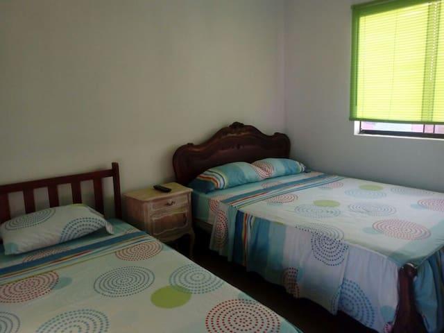 Habitación doble en Cerro Azul Cañete