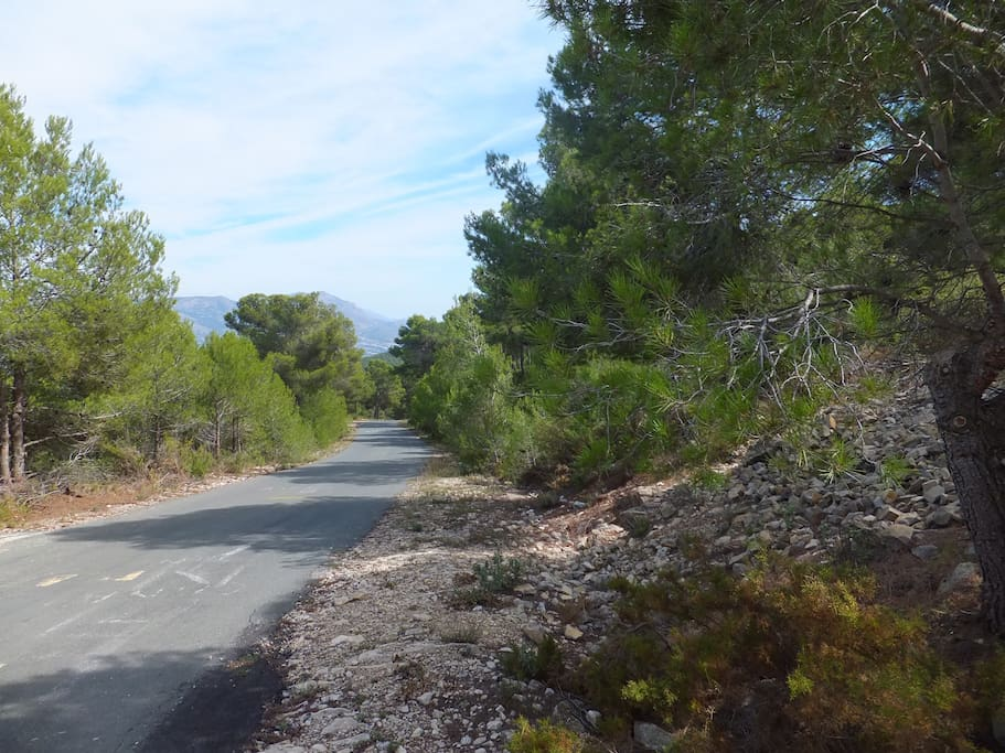 Xorret de Cati - local cycling and walking routes