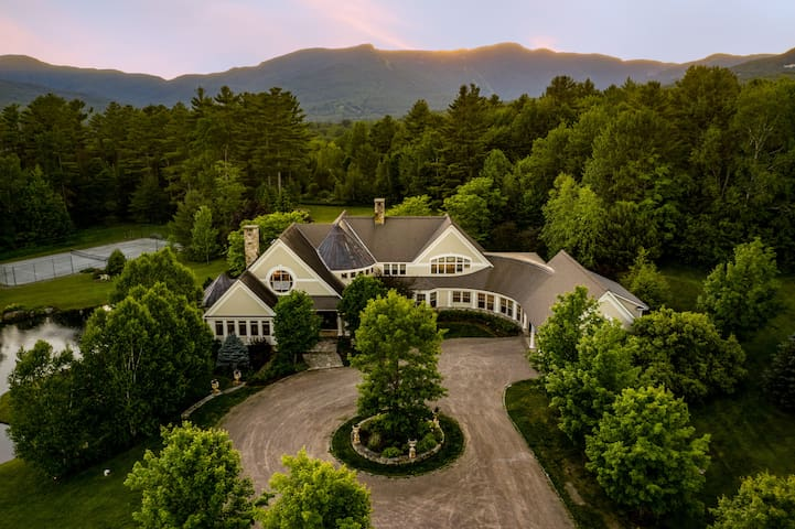 Bespoke Private Estate in Stowe, Incredible Views