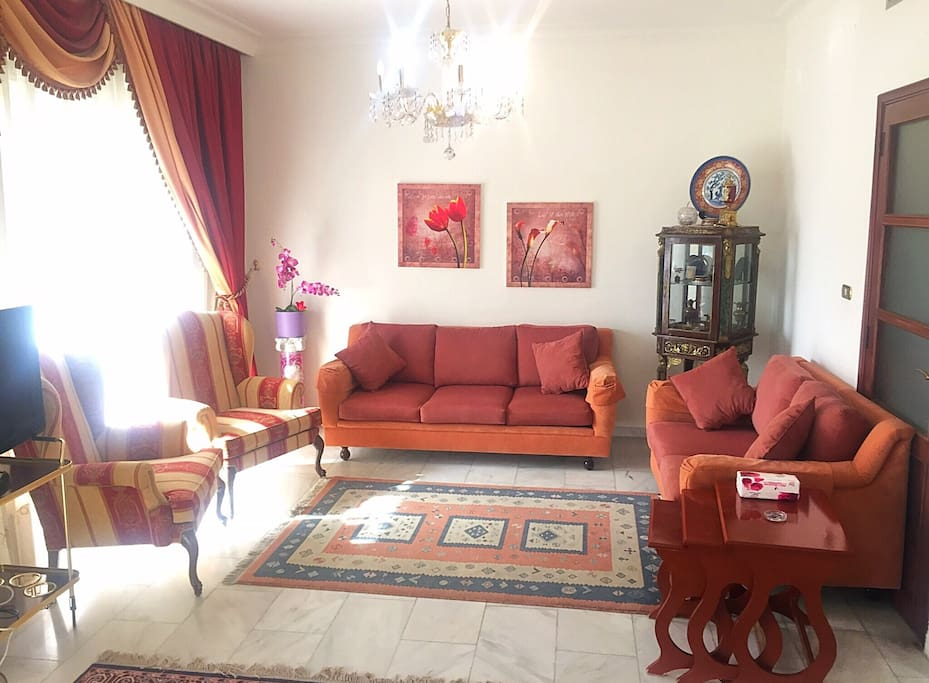 beirut sodeco museum french embassy flats for rent in ras el nabeh beirut lebanon. Black Bedroom Furniture Sets. Home Design Ideas