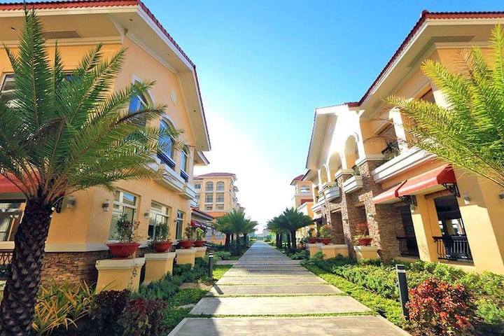 San Remo Oasis SRP Condo Unit For Rent