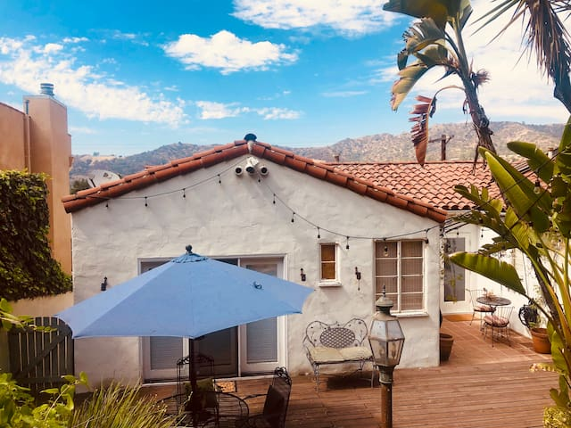 Spanish Style Private 2-Room Garden Retreat w/View