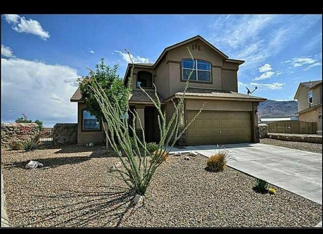 El Paso Sourhwest Style Artist Home