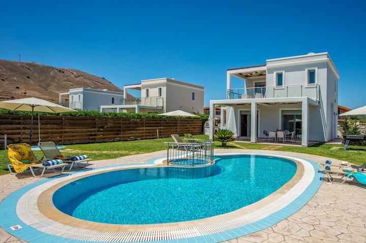A Stylish Beach Villa south of Lindos