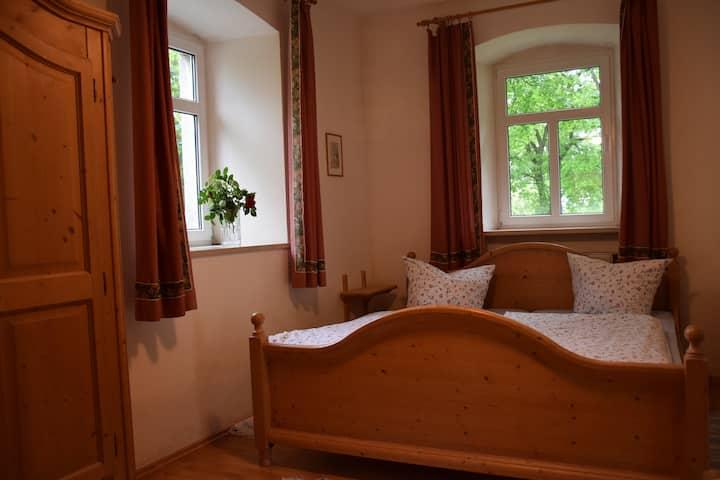 Ferienhof Schricker (Marktleuthen), Ferienwohnung Mohnblume mit Küche und Terrasse