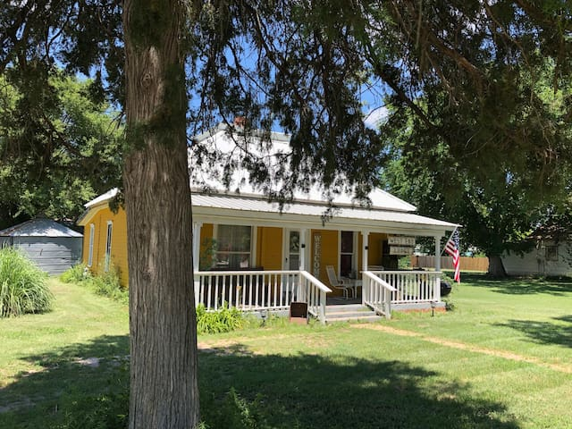 Cozy West End Lodge in Rural Morland