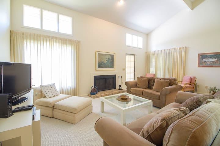 Ponte Vedra Players Club Villa 36, Players Club Pool, 2 Bedrooms, Sleeps 4