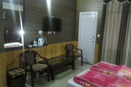 Peaceful Holiday home in Chial- Great Views - Chail
