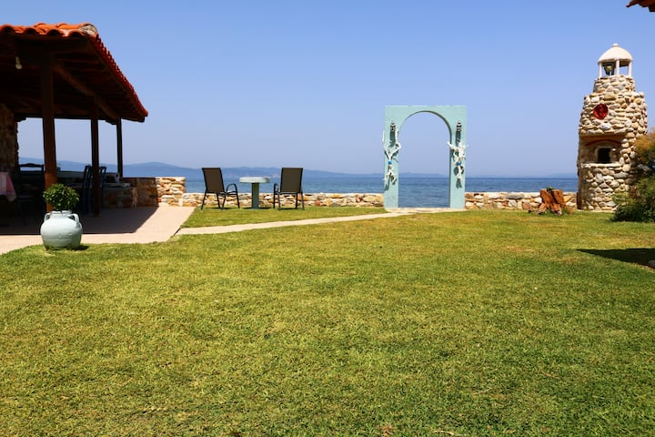 VILLA AGAPITOS-Beach House