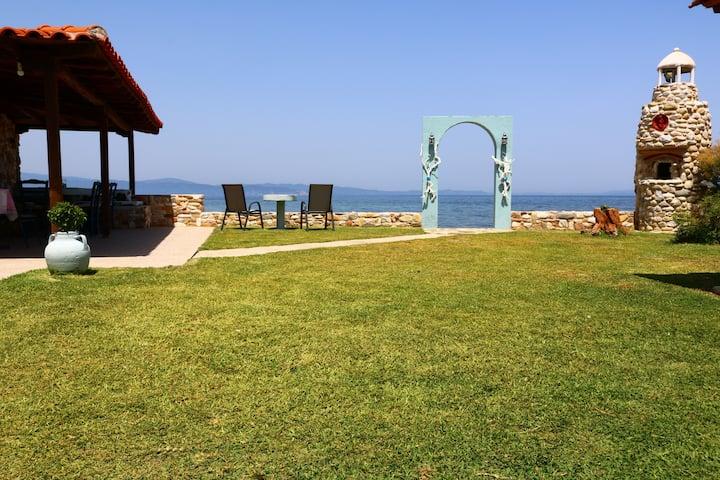 VILLA AGAPITOS-Beach House