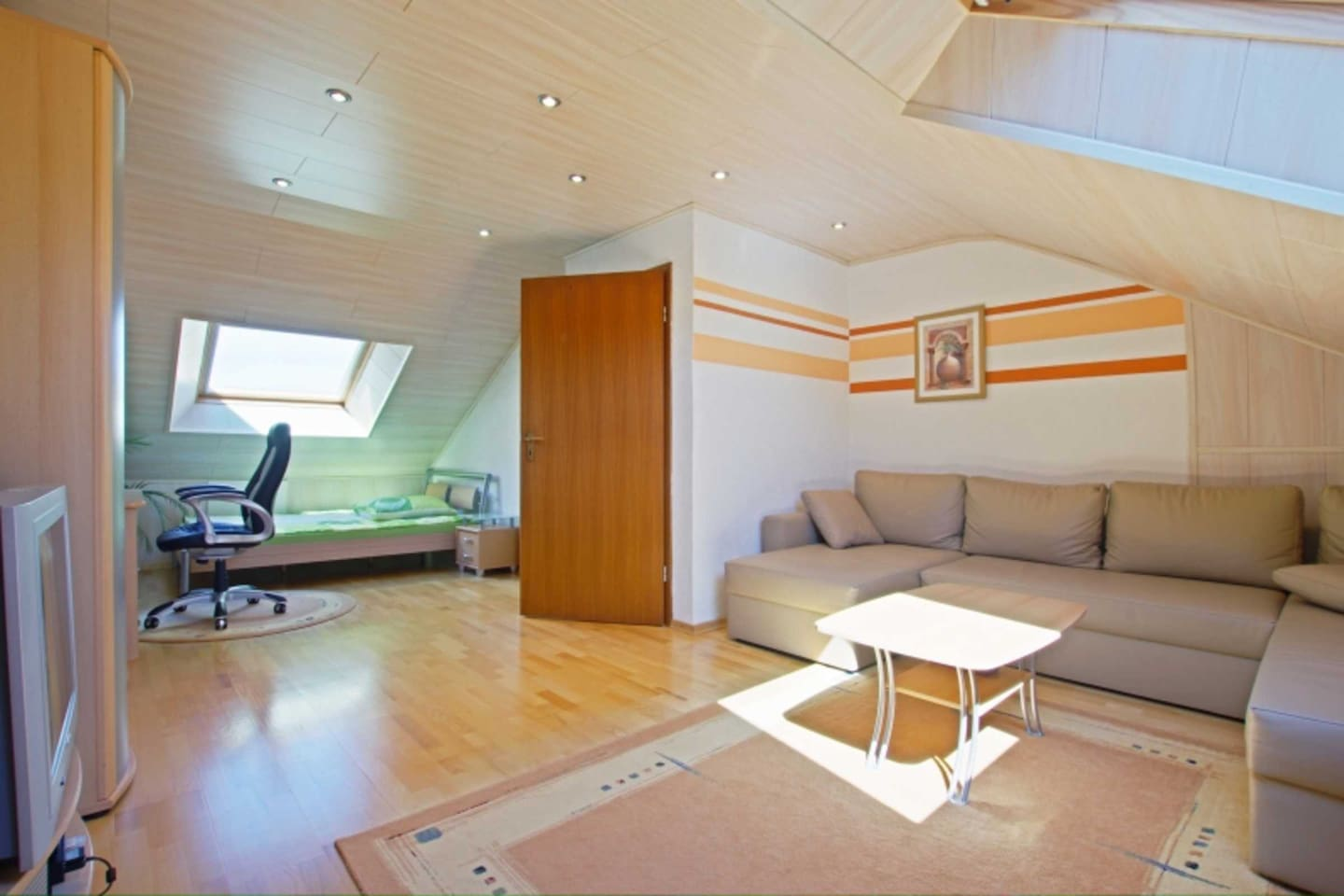 Privatzimmer | ID 4407 | WiFi, Zimmer im Haus - Apartments for Rent ...