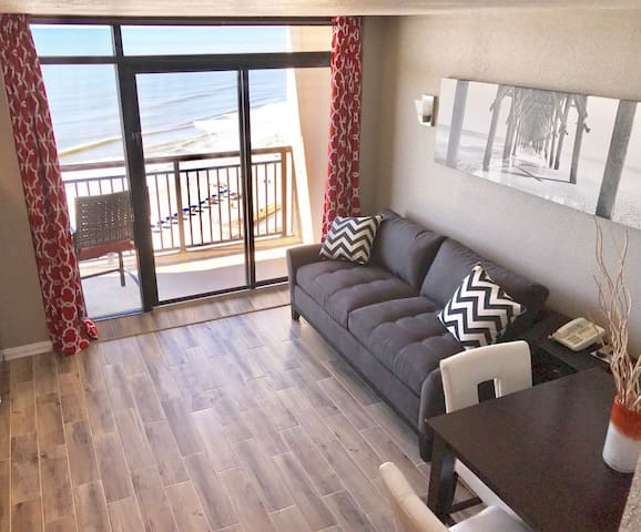 Fully Renovated Beach Cove Resort, 15th Floor (2)