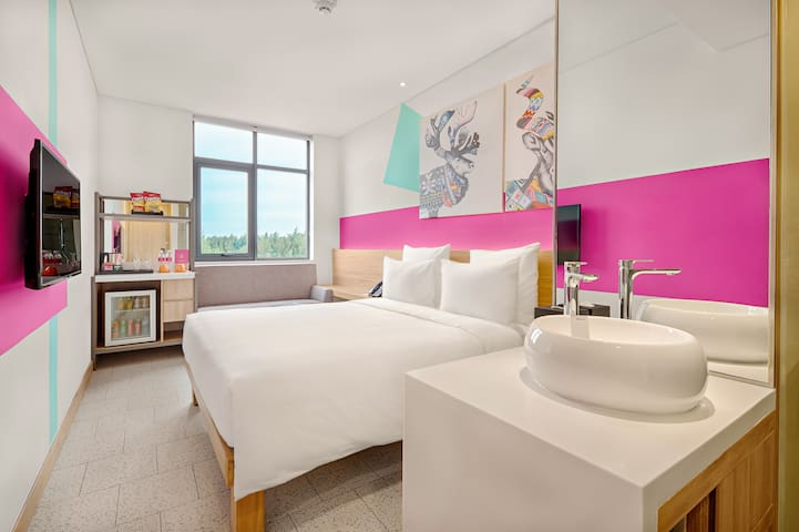 Cocobay Spacious Apt 1BR★POOL, BEACH, BREAKFAST