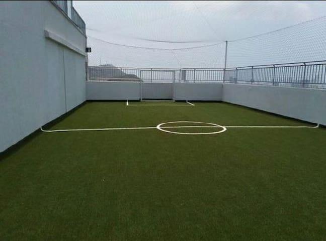 Cancha de fútbol sintética