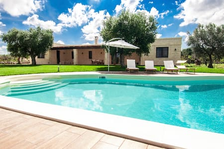 Casina Salentina: Large Villa with Swimming Pool - polignano a mare - Vila