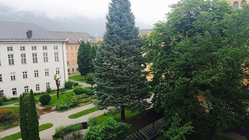 basic, clean, comfortable room for two - Innsbruck - Apartament