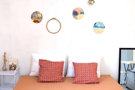 Artsy room @Pondok Idi Kostan - Bogor Timur