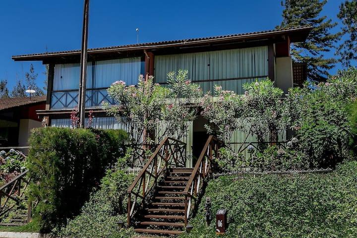 Loft com 3 suites no melhor condomínio de Guaramiranga (Loft 06 Monte Flor)