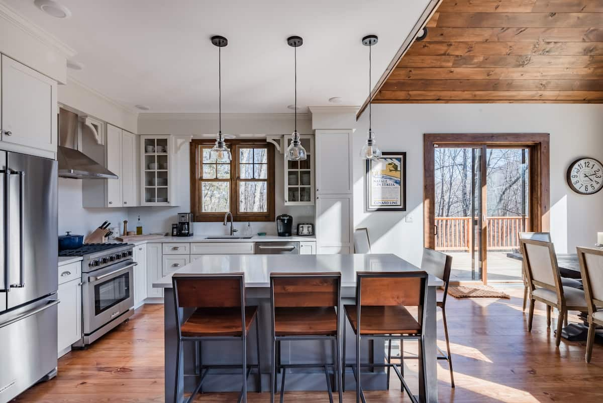Chateau Joe—Set on 2 Private Acres with Ski Slope Views