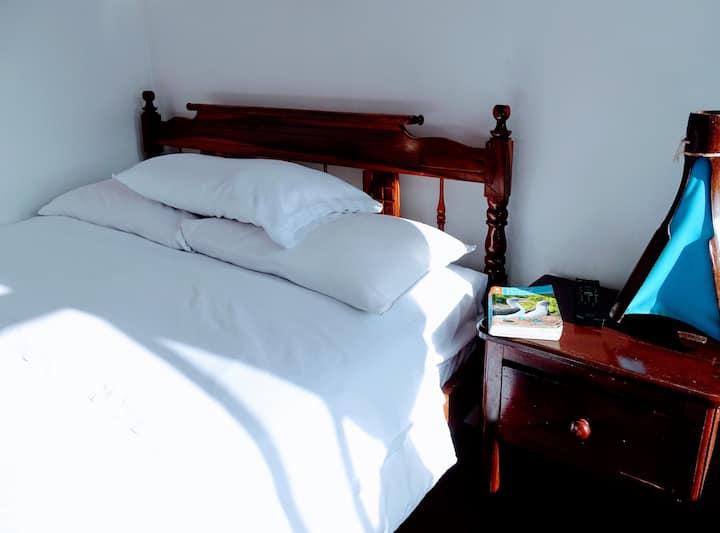Habitación Doble con baño privado y vista