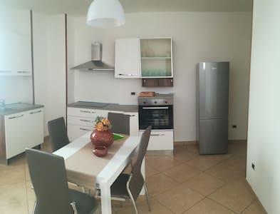 A CASA VOSTRA  appartamento  ARNESANO