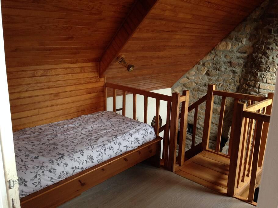 2 lits simples en mezzanine
