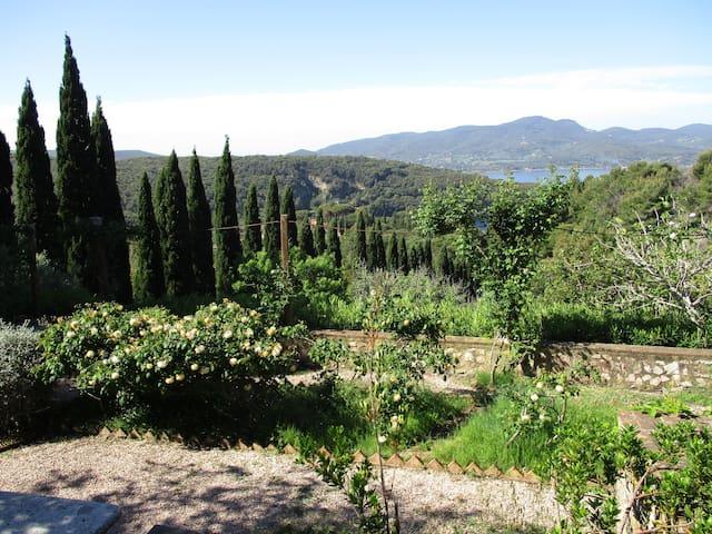 top 20 nisporto villa and bungalow rentals - airbnb nisporto ... - Tavolo Extra Lunga Estensione