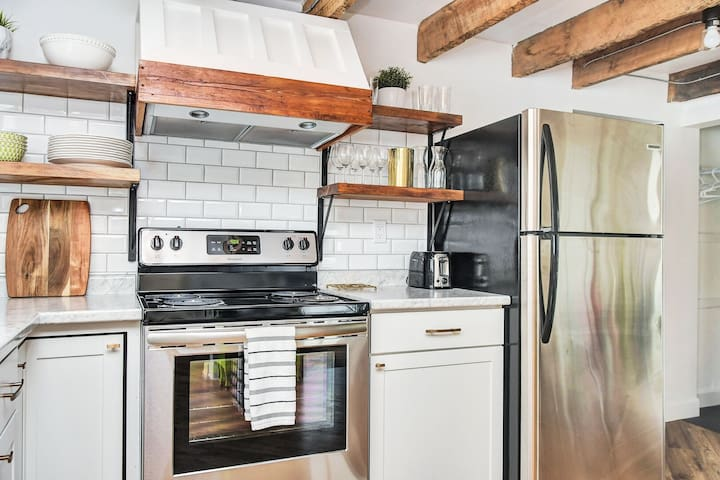 Exposed wooden beams, newly renovated space!