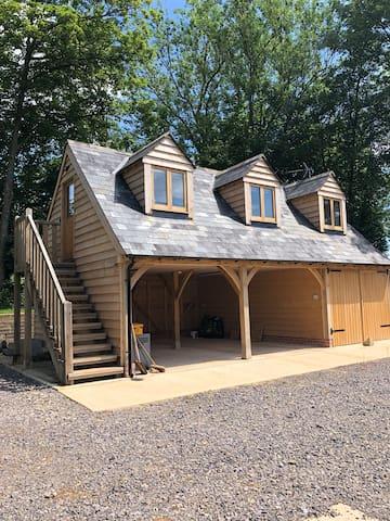 Hampton Fields Cottage, idyllic Cotswolds escape
