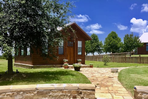 Guest Cottage in historic Washington on the Brazos