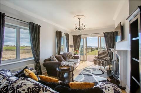 Villa Yeats - stunning beach side retreat.
