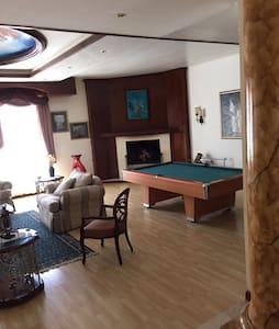 Habitación en amplia y hermosa casa - Ciudad Juárez
