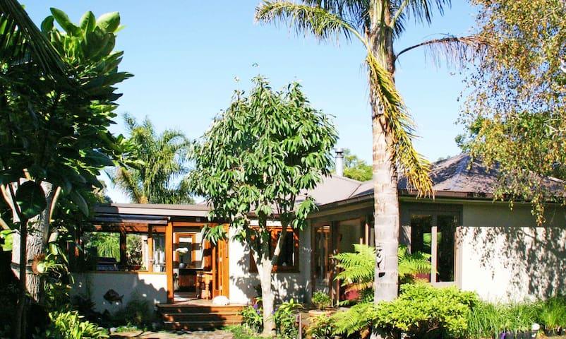 Rata Cottage
