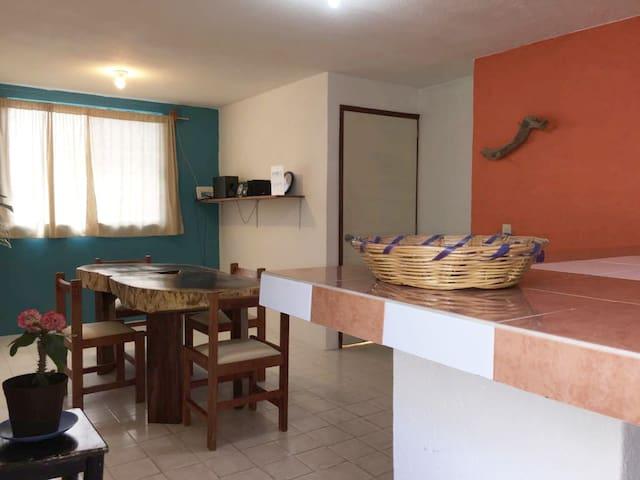Carrizalillo Beach House - 2 min. to the beach