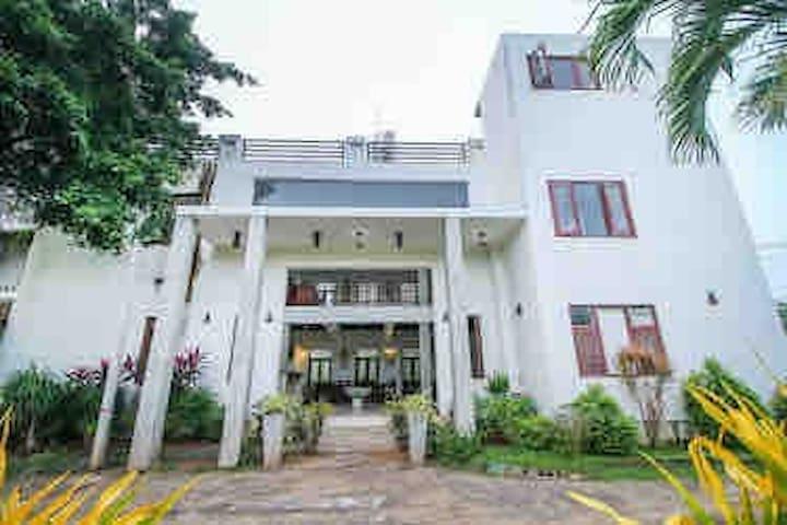 CEYLONICA BEACH HOTEL-NEGOMBO