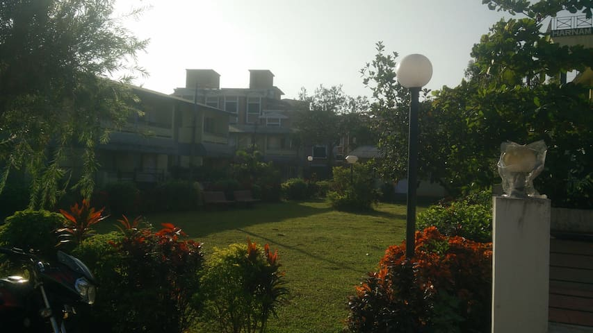 Cozy Homely Stay @ Lonavla - Lonavala - Apartament