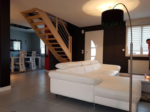 Maison spacieuse saint saturnin - Saint-Saturnin - House