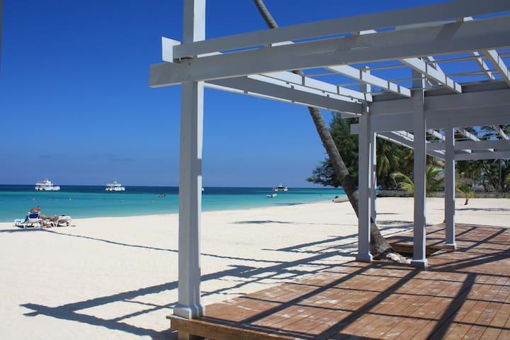 FABULOUS 2 BEDROOM IN PLAYA TURQUESA - FREE WIFI - Punta Cana - Apartamento