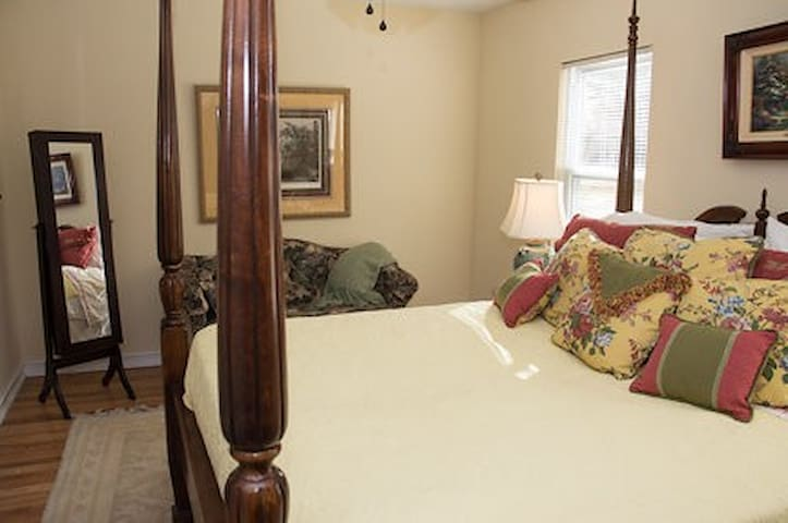 Windsong Retreat Bed & Breakfast - Rock Hill - Pis