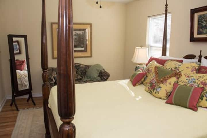 Windsong Retreat Bed & Breakfast