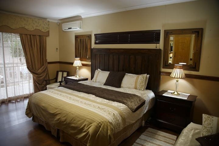 Park Living Guesthouse Room 2