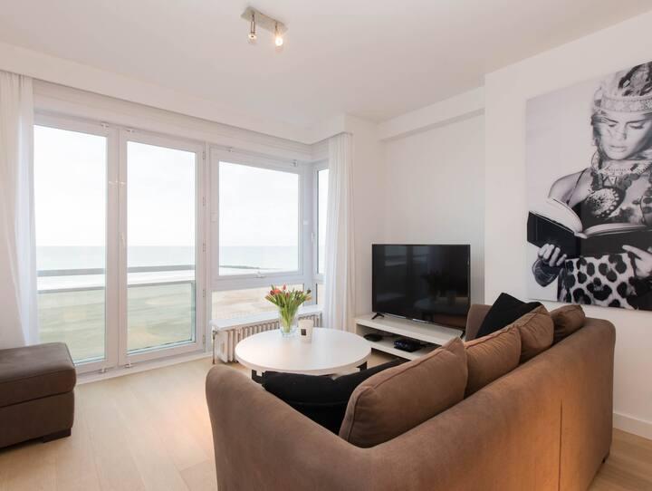 24. Nieuw gezellig appartement met zeezicht,...