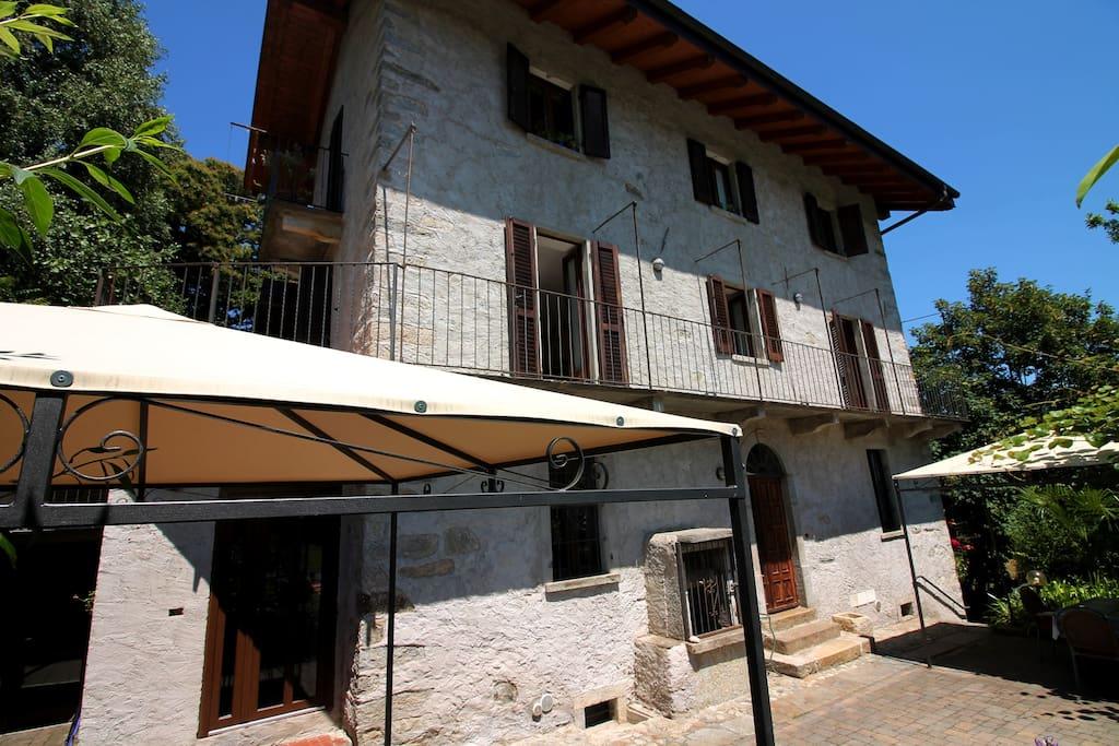 Tradizionale casa in pietra